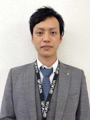 岡田 憲 (おかだ けん)